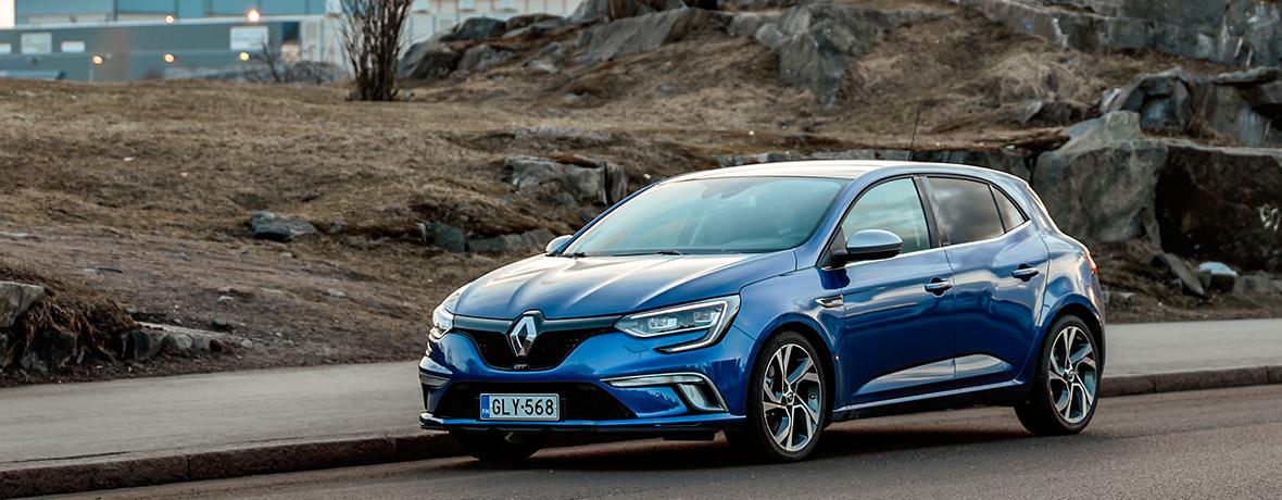 Renault Clio 2016 >> Renault Megane Kultaisen Ohjauspyoran Voittaja 2016