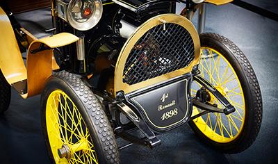 Renault täyttää 120 vuotta - Asiakkaiden elämää helpottaen